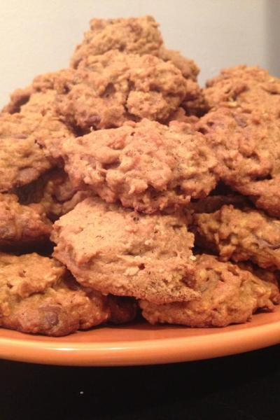 Pumpkin, Oatmeal, and Chocolate Chip Cookies
