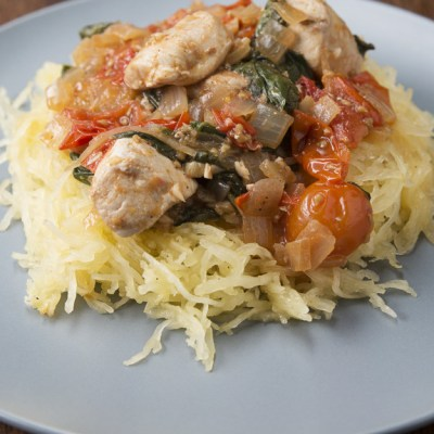 {Recipe} Food Friday: Chicken and Tomato Spaghetti Squash