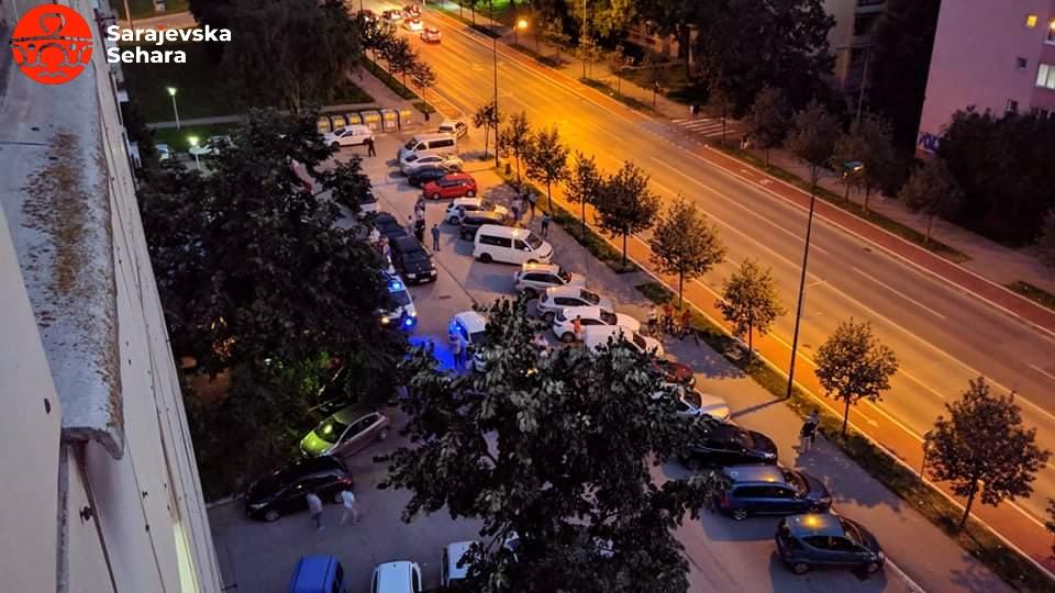 Foto: Čitalac/ Pucnjava ispred ugostiteljskog objekta Paper Moon