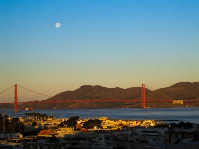 Sunrise and Full Moon at the Golden Gate