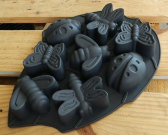 "ASPEN BIRCH ""Mold-Me"" Insect mold, 8-Cavity Pan Silicone Mould (Bumble Bee, Butterfly, Dragonfly, Lady Bug)"