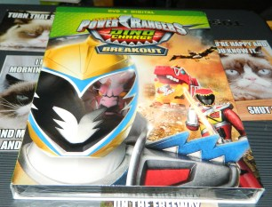 Power Rangers Dino Charge: Breakout [DVD + Digital]