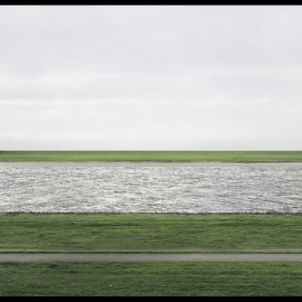 Andreas-Gursky-La-photo-la-plus-chere-du-monde_article_landscape_pm_v8