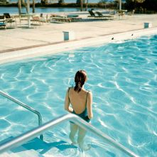 9_-ginger-shore-causeway-inn-tampa-florida-17-de-noviembre-de-1977_-de-la-serie-uncommon-places_0