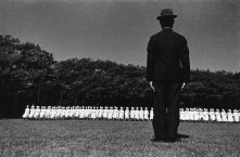 """Esercitazioni delle crocerossine"", 1938 Azabu, Tokyo 535 x 748 mm. (Ken Domon Museum of Photography)"