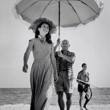 FRANCE. Golfe-Juan. August 1948. Pablo Picasso and Françoise Gilot. In the background the painter's nephew Javier Vilato.