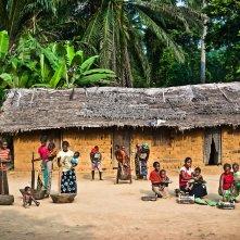 on-the-road-from-bikoro-to-bokonda-by-patrick-willocq-1 - Copia