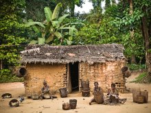 on-the-road-from-bikoro-to-bokonda-by-patrick-willocq-7 (1)