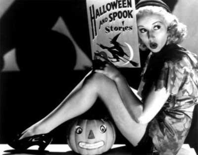 Halloween is romantic - Sara Orwig