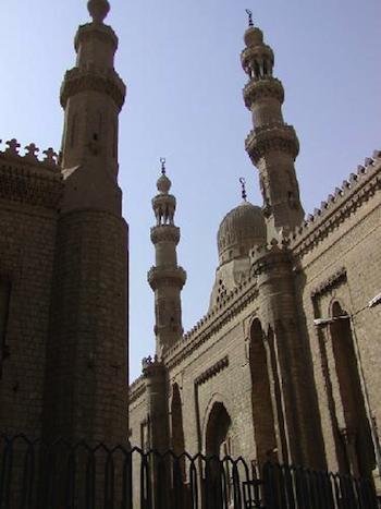 Sultan Hasan, Kahire
