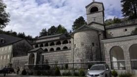 Aynı manastır başka bir açıdan.