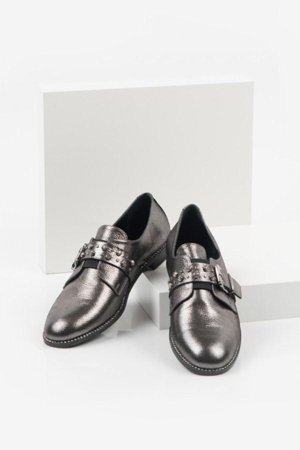 Кожени дамски обувки в сив цвят-489232