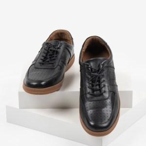 Ежединевни мъжки обувки в черен цвят-281015