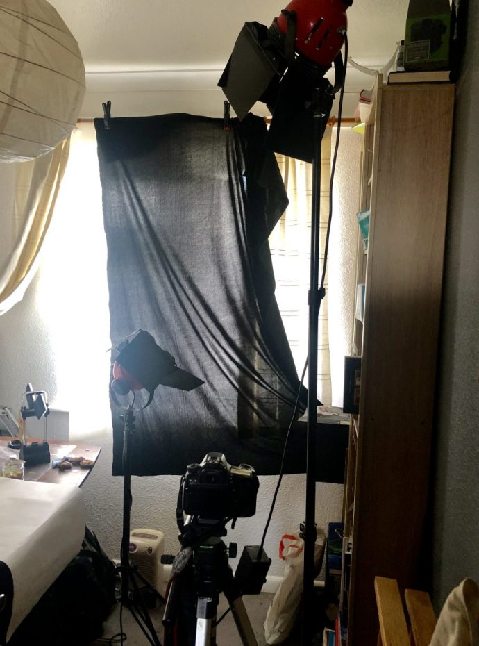 Small studio set up for the Hollywood style portrait
