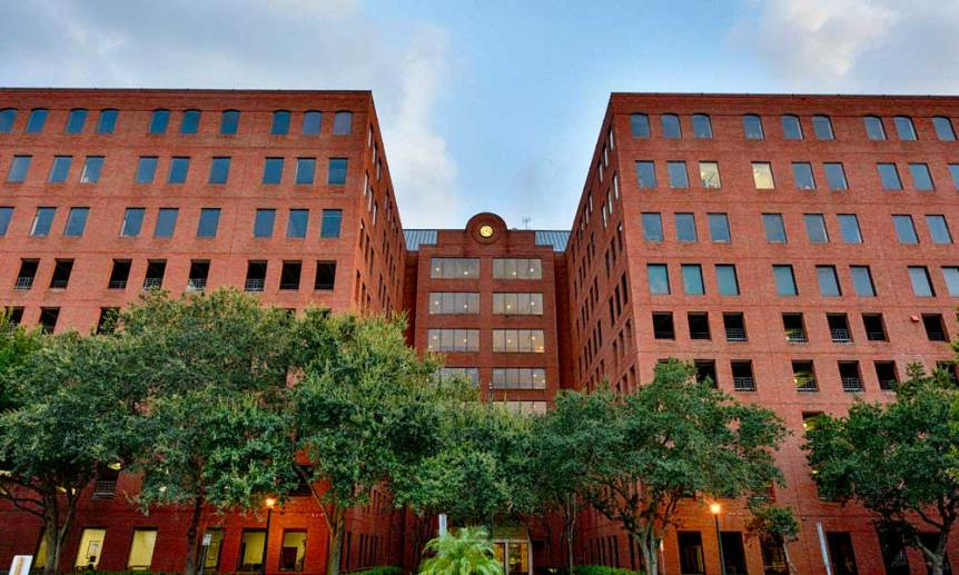 The Spector Building on 2nd Street in Downtown Sarasota has Spaces for Rent
