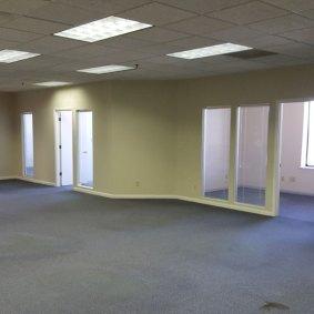 suite909-office-area