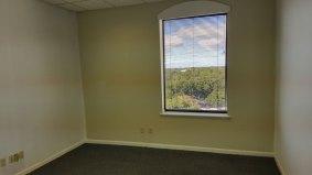 suite909-offices10