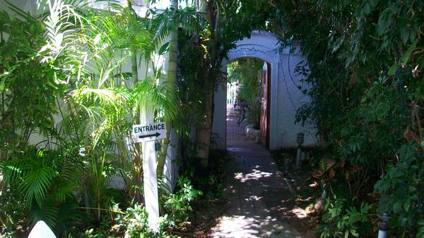 Secret Gateway to Harrington House B&B in Anna Maria Fl