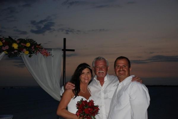 Siesta key Beach Wedding Officiant (Garry - Center)