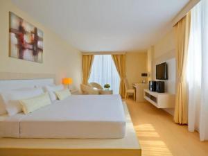 Jinhold Apartment Hotel 11