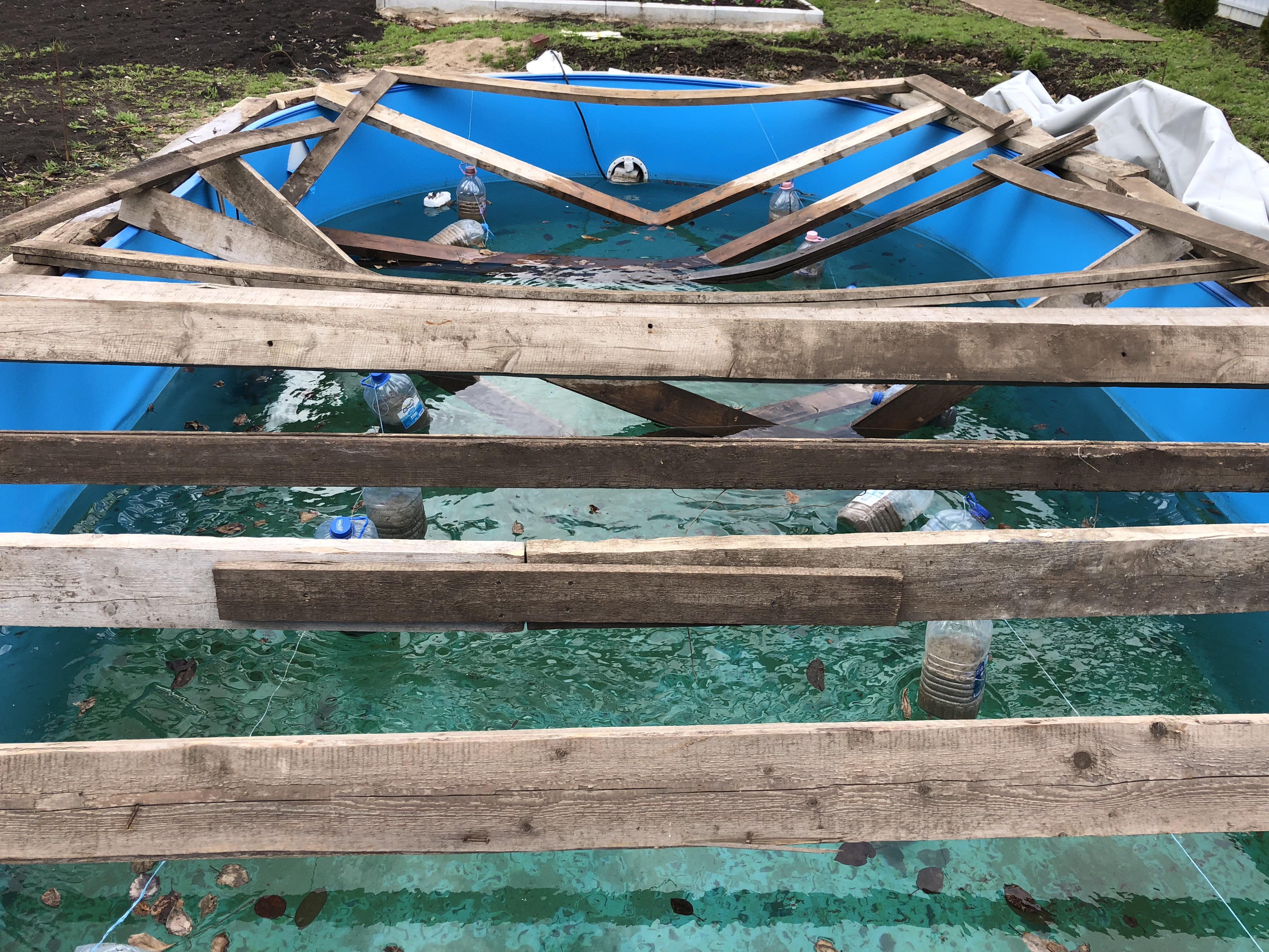 Нужно ли накрывать уличный бассейн на зиму