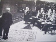 Nel 1926 la scrittrice nuorese Grazia Deledda riceve il Premio Nobel per la letteratura. Prima e finora unica italiana a riceverlo.
