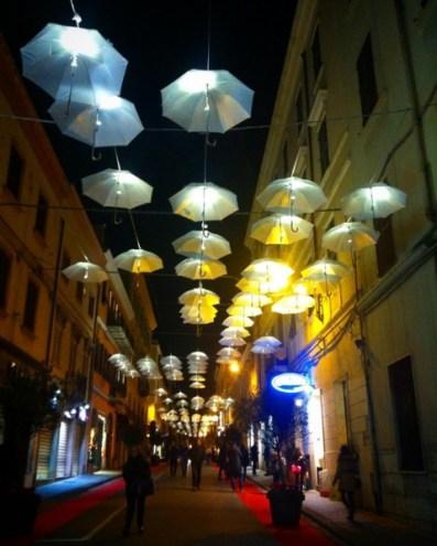 Via Cavour, Sassari (foto Instagram @lellafiori)