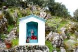 Gonare: edicola lungo il sentiero per il santuario (2) - Foto di Sardegna Terra di Pace - Tutti i diritti riservati