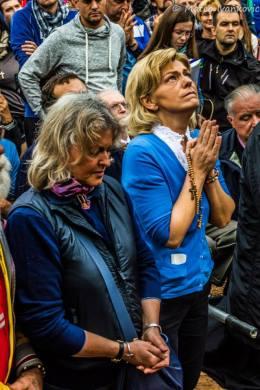 Mirjana durante l'apparizione del 2 Ottobre 2014 (2) - Foto di Mateo Ivanković – Tutti i diritti riservati