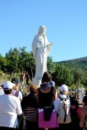 Medjugorje, Esaltazione della Croce 2014: statua della Regina della Pace sul Podbrdo (2) – Foto di Sardegna Terra di Pace – Tutti i diritti riservati
