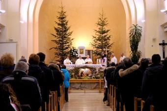 Medjugorje, Capodanno 2015: interno della Chiesa di San Giacomo (1) – Foto di Sardegna Terra di pace – Tutti i diritti riservati
