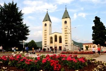 Medjugorje, Anniversario Apparizioni 2016: Chiesa di San Giacomo a Medjugorje (4) – Foto di Sardegna Terra di pace – Tutti i diritti riservati