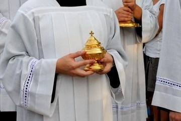 Medjugorje, Anniversario Apparizioni 2016: Processione col Santissimo – Foto di Sardegna Terra di pace – Tutti i diritti riservati