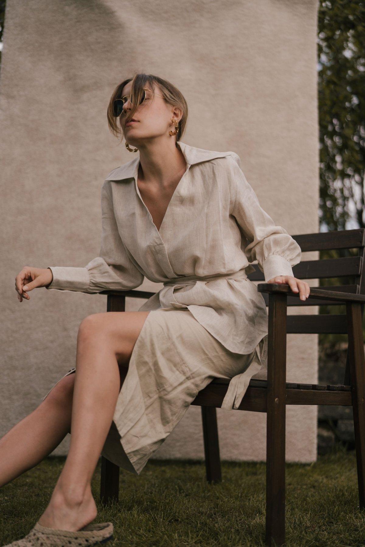 Spring Editorial: Beige Linen Set & Woven Mules
