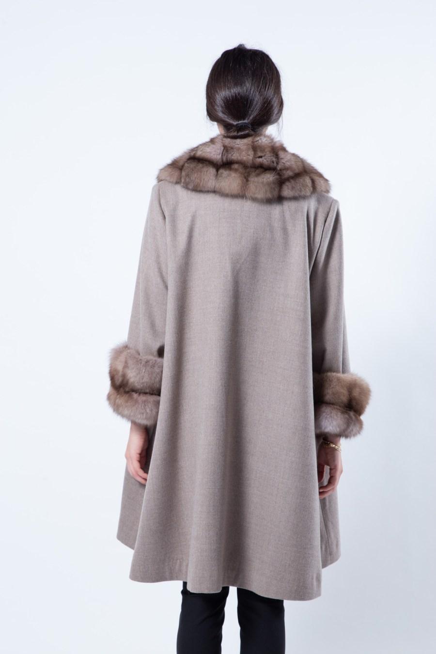 Cashmere Jacket with Beige Scuro Sable Fur-trim | Sarigianni Furs