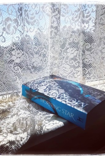 Mini book review image Morning Star by Pierce Brown