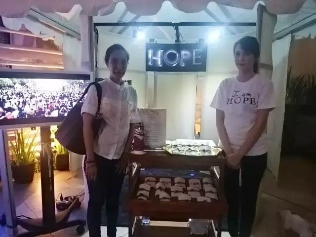 Di Tenda Gelang Harapan atau Bracelet of Hope
