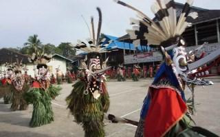 Ritual Hudoq Photo: www.sarinovita.com