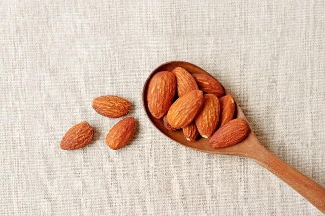アーモンドダイエットの方法と効果!美容にも良い食べ方は?