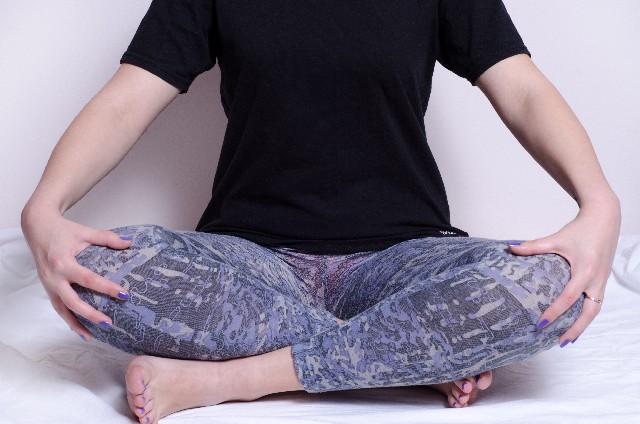 股関節ストレッチダイエットで腰痛も解消しながら痩せるには?