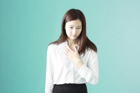 逆流性食道炎はストレスが原因?症状と対策【漢方や市販薬】
