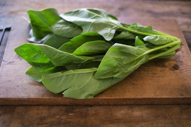手軽に食べれる「ほうれん草」のカロリーや保存方法と効能・効果!旬はいつ?
