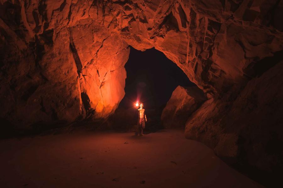 गुफाएं