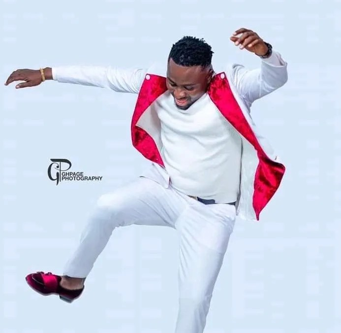 Brother Sammy – Kristo Nti Y3b3 Soree (Sore Cover) ft. Talabee