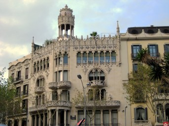 On Passeig de Gracia - the street with highest land prices