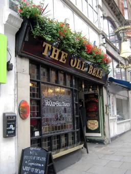YE OLD BELL TAVERN - 95 FLEET STREET, built in 1670