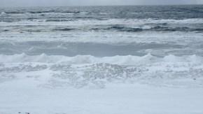 稚咲内海岸凍結