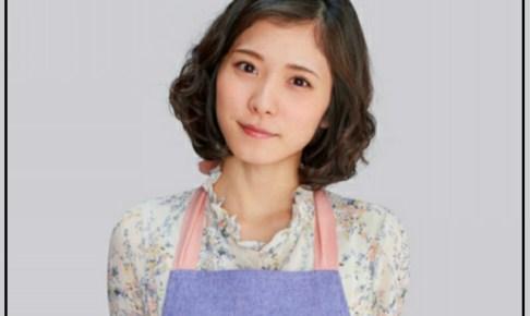 松岡茉優 髪型 エプロン