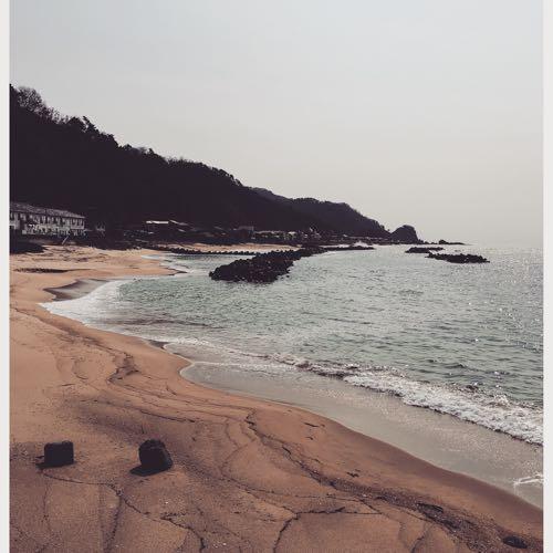 ハルの砂浜
