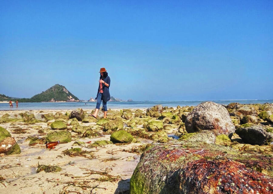 pantai terindah di lombok tengah pantai kuta
